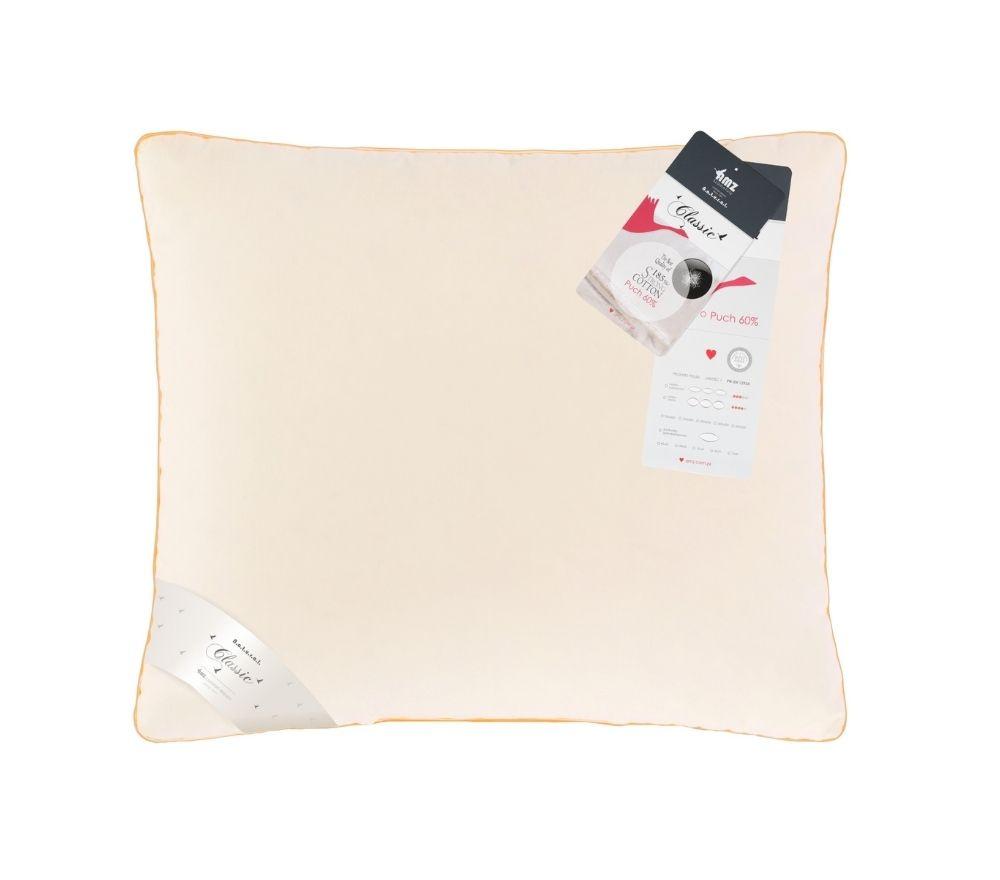 poduszka w kolorze kremowym